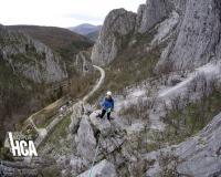 25555957496 484a3b4542 b  Курс по катерене на скали – Враца